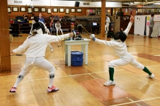 Lily counterattacks in Y12 Epee.