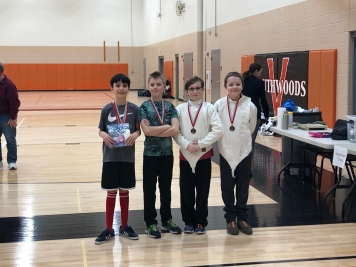 Y12 Epee medalists